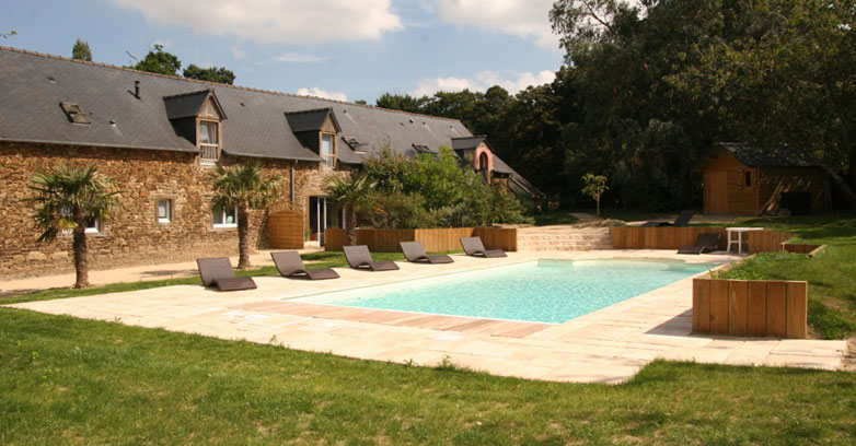 Location de g tes les cottages lamballe g tes de for Piscine lamballe